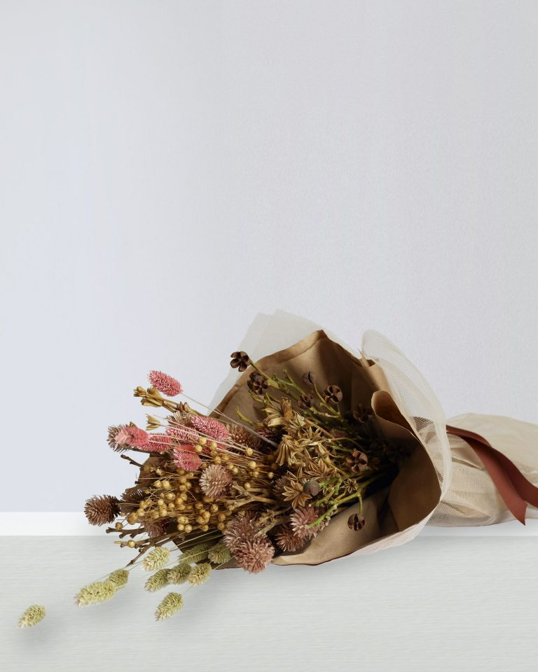 DRIED ASSORTED FLOWERS BOUQUET IN BURLAP